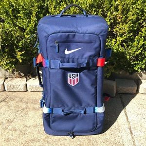 Nike USA Soccer Team Issued Luggage Suitcase RARE